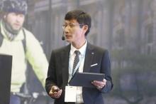 """Ji Chan Young - Presidente para Colombia de LG - Conferencia """"Formas innovadoras de pago"""""""